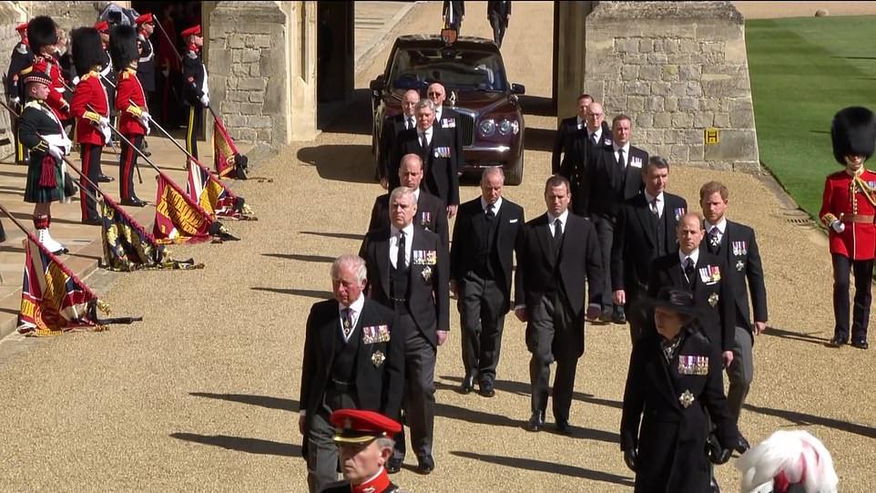 prince-funeral4-jpg.5037